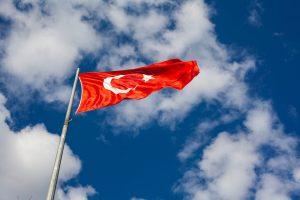 Turcja dokręca śrubę. Władze podnoszą podatki od nowych samochodów.