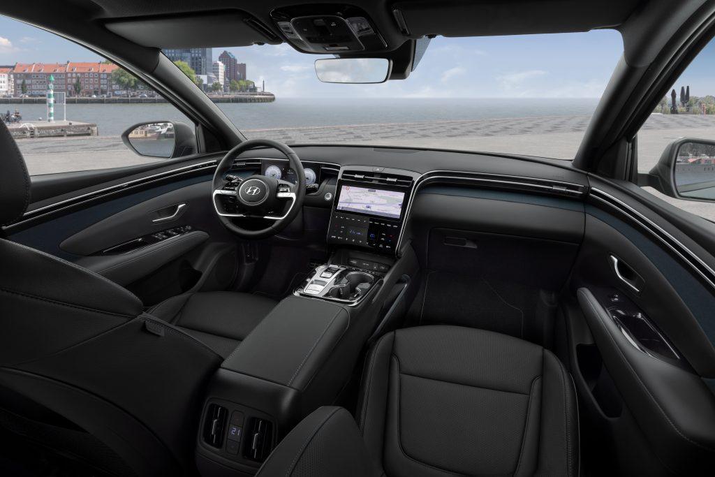 Nowy Tuscon w wersji hybrid plug-in prezentuje się świetnie! (fot. materiały prasowe)