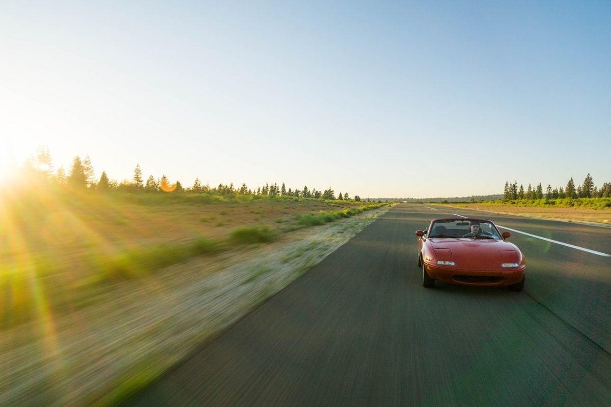 Nowe samochody sportowe na każdą kieszeń – co znajdziesz dla siebie?