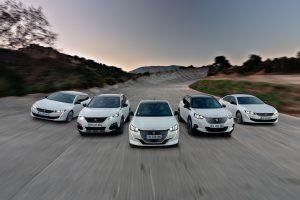 Peugeot wprowadza internetową sprzedaż  modeli!