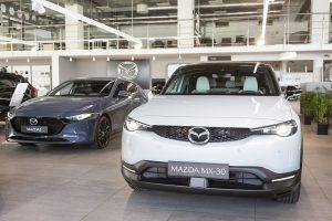 W polskich salonach trwa Mazda Experience Days. To idealna okazja na jazdę próbną!